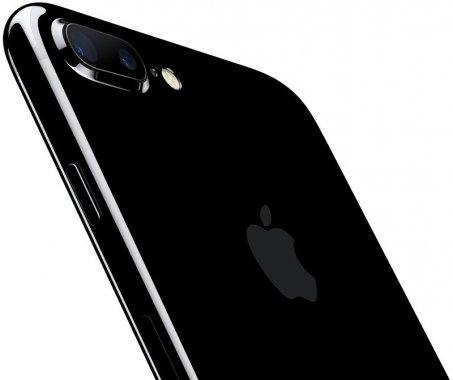 Смартфон Apple iPhone 7 Plus 128Gb Jet Black (MN4V2) Б/У