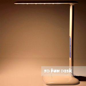 Настольная светодиодная лампа FunDesk LC1